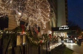 Lincoln Park Weekend Guide December 14 - 17